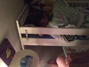 Aydan dans son lit